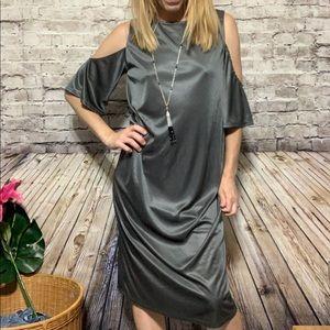 🆕‼️ZARA Dark Metal Silky Cold Shoulder Dress S‼️